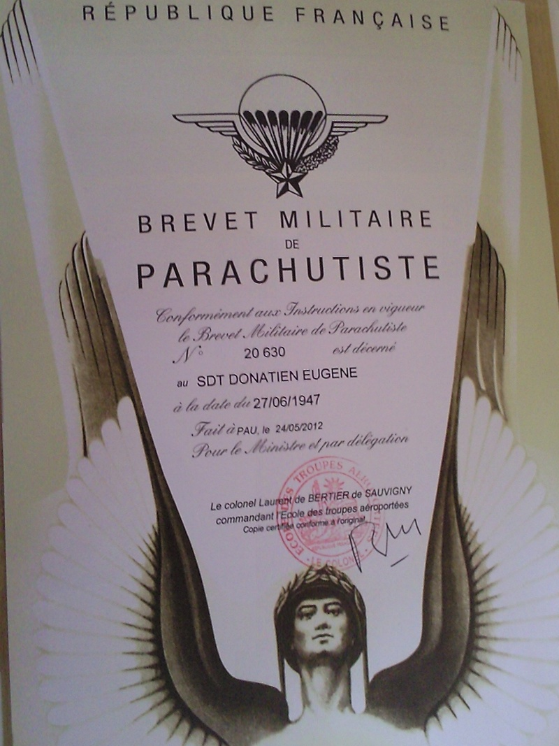diplome de parachutistes et affectation indochine mais ou ? Photo031