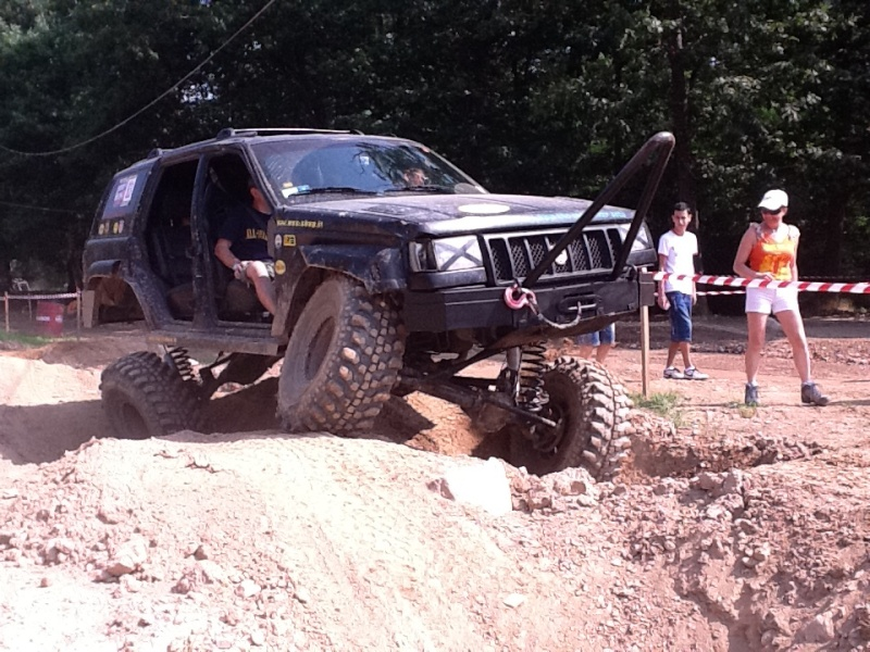 JEEPERS MEETING 2012 (foto e video) Jeeper11