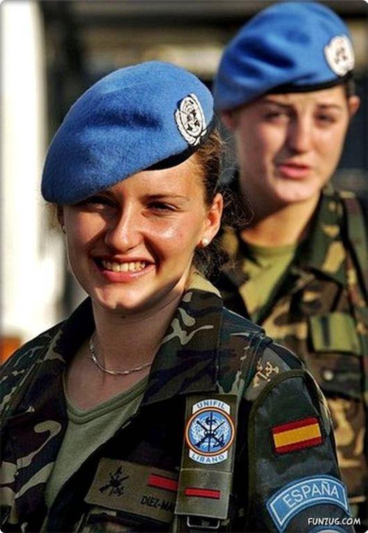 Armée Espagnole/Fuerzas Armadas Españolas - Page 16 Milita10