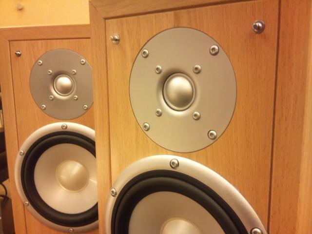 Eltax - Liberty 3 - Bookshelf Speaker (SOLD) Dsc_0133