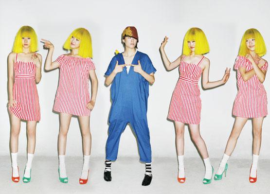 Krystal + Amber + Sulli + Luna +  Victoria = F(x) 20090910