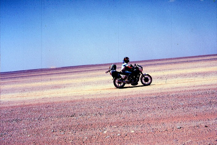 "La CX500 première moto Honda avec un bicylindre en ""V"" Imm-0212"