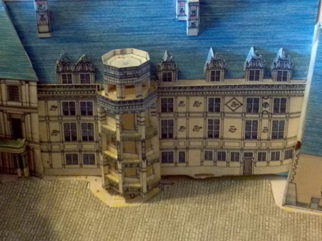 Versailles et autres maquettes de Derrick83 - Page 2 Img_2028