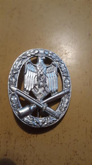 badge assault  20181110