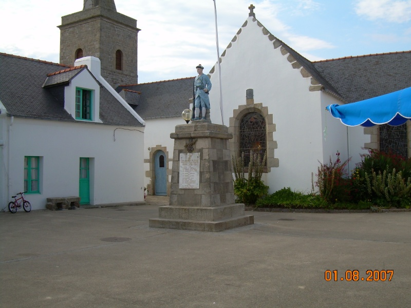 [Histoires et Histoire] Monuments aux morts originaux Français Tome 1 - Page 2 St_gil10