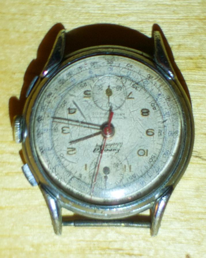 Jaeger -  [Le TOPIC des demandes d'IDENTIFICATION et RENSEIGNEMENTS de montres est ICI] - Page 39 Dsc01611