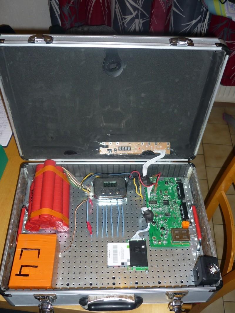 Fabrication d'une bombe pour scénario P1010417