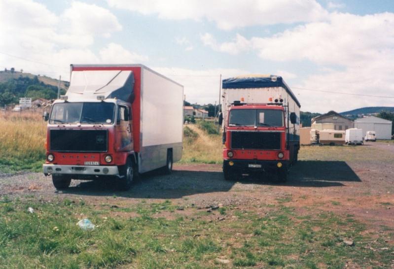 Les Camions des forains - Page 2 Img01111