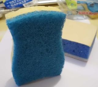 Nouveau produit 'Eponge grattante' pour nettoyer nos plateaux - Page 4 Cimg0112