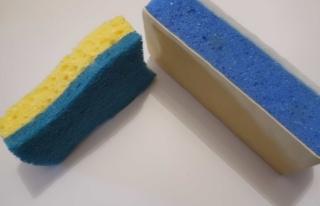 Nouveau produit 'Eponge grattante' pour nettoyer nos plateaux - Page 4 Cimg0113