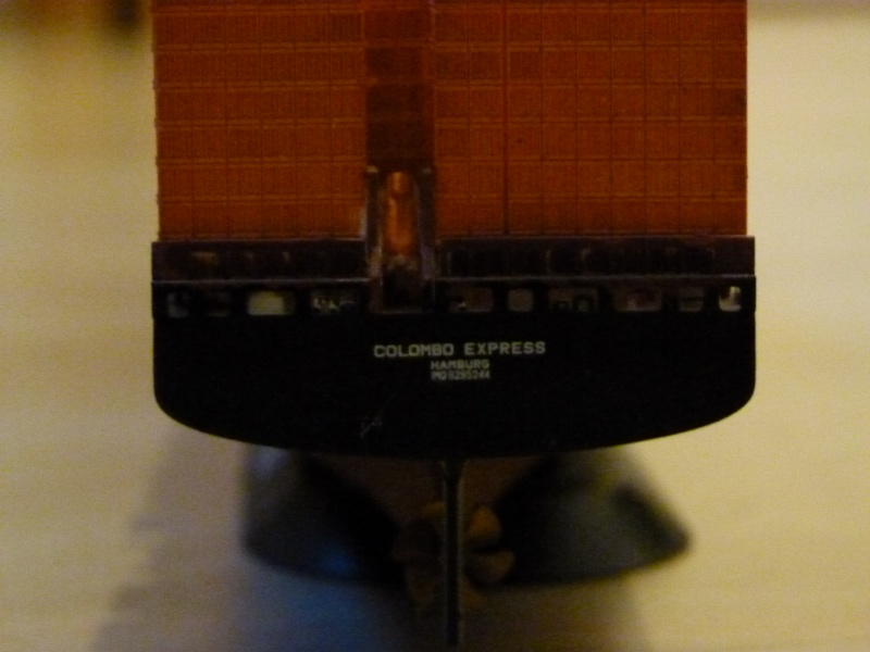 CMS Colombo Express, Revell, 1/700 Colomb14