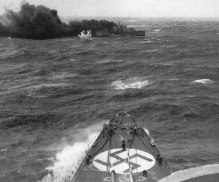Quizz bateaux et histoire navale - Page 2 Hms_g_10
