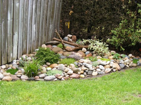 How do I build a rock garden from scratch? Rck_gr11