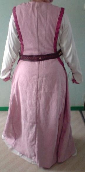 Mon costume d'inspiration médiévale Derria10