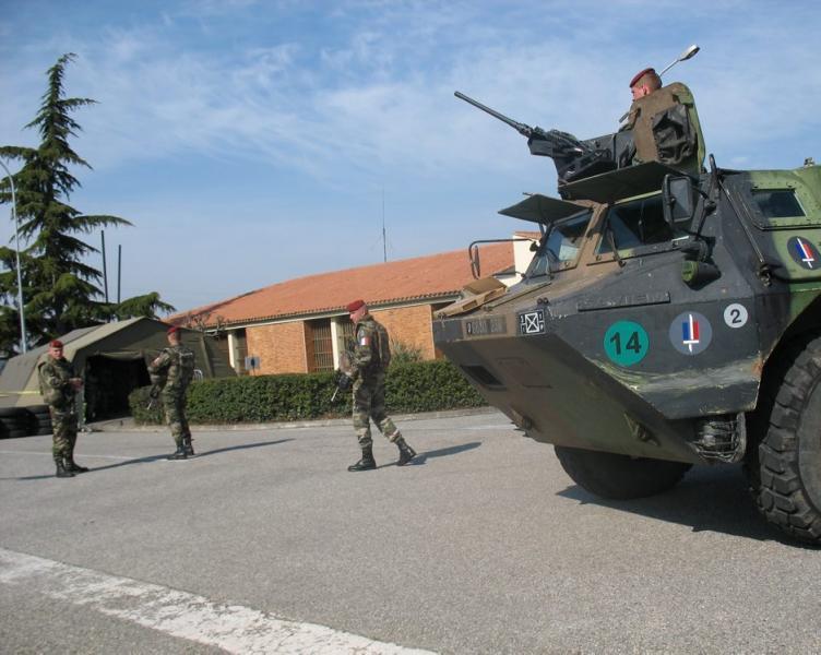 Le 1er RCP prend part dès aujourd'hui et pour six jours à un grand exercice inter-armées « Mojito » 2012_025