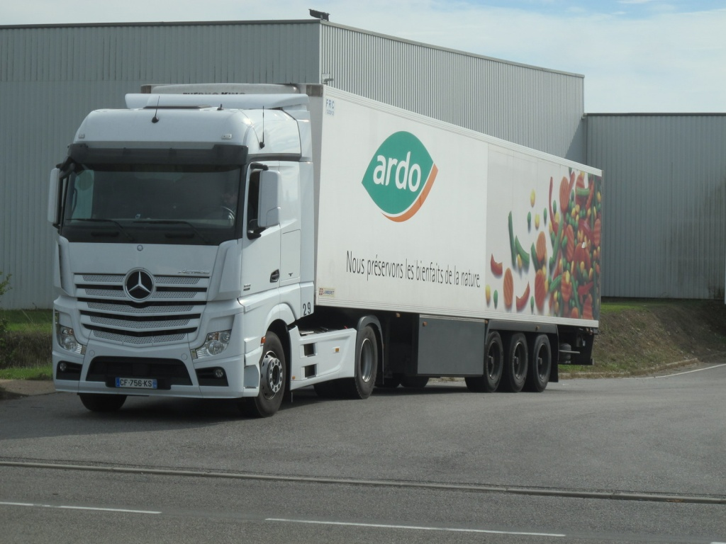 Mercedes Actros MP4 (euro 6 )  - Page 2 Img_5111