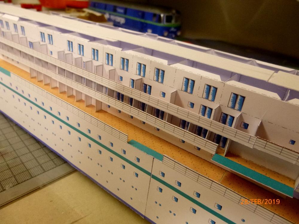 MS Amadea (ZDF Traumschiff) VK Design 1:250 Probebau von Millpet P1100623