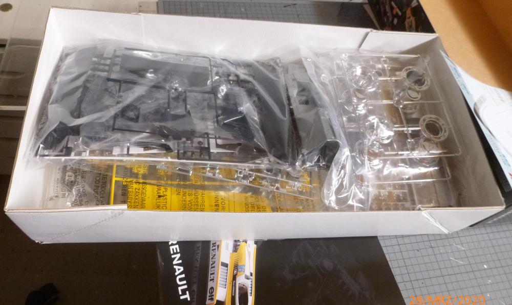 Renault F1 RE20 Turbo Italeri 1:12 gebaut von Millpet P1110102