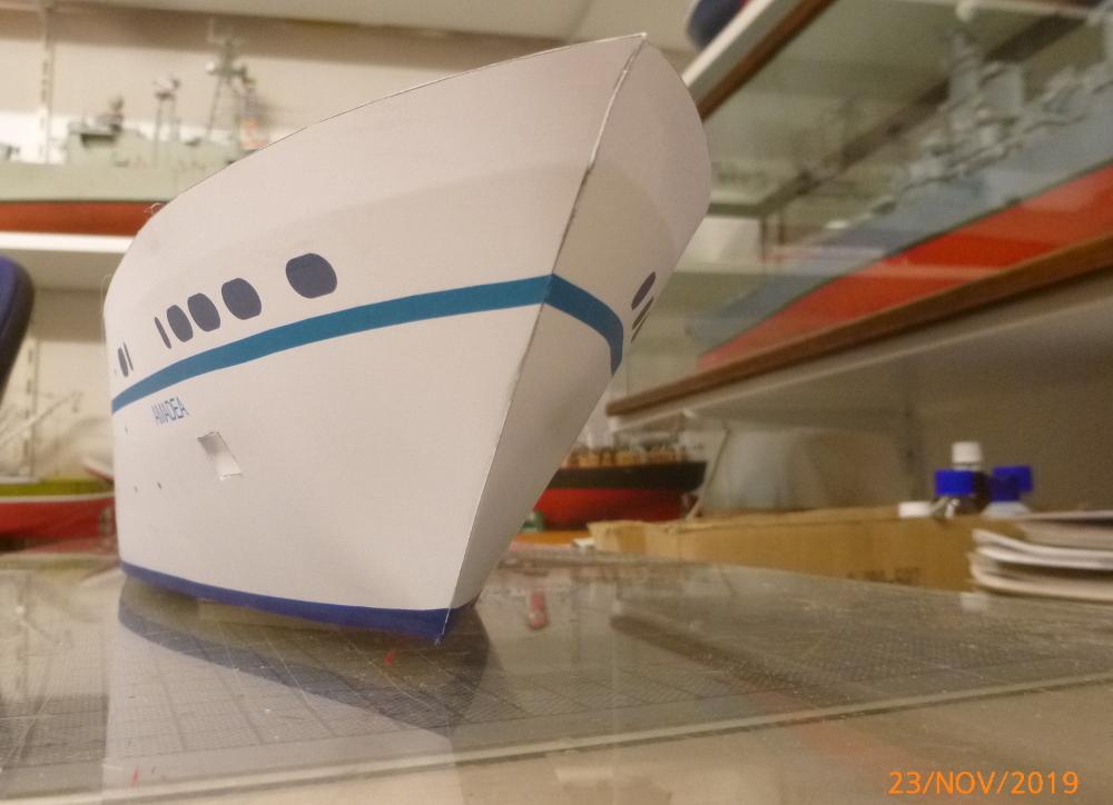 ZDF-Traumschiff MS Amadea 1:200 VK Design gebaut von Millpet - Seite 2 P1110270