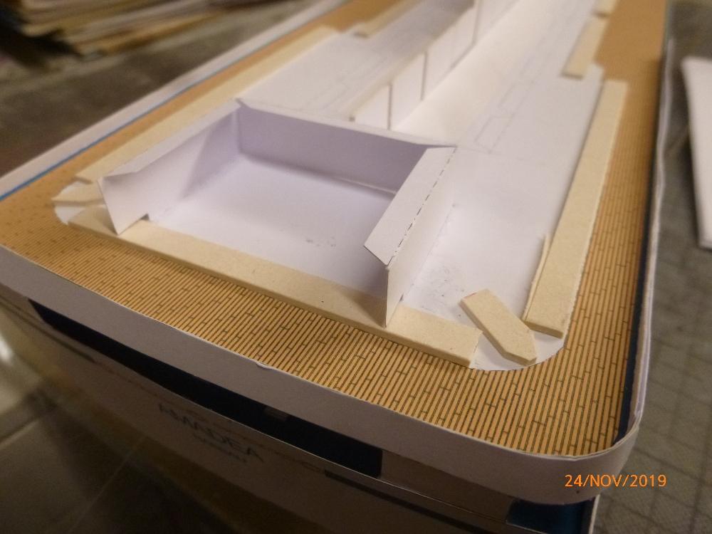 ZDF-Traumschiff MS Amadea 1:200 VK Design gebaut von Millpet - Seite 2 P1110273