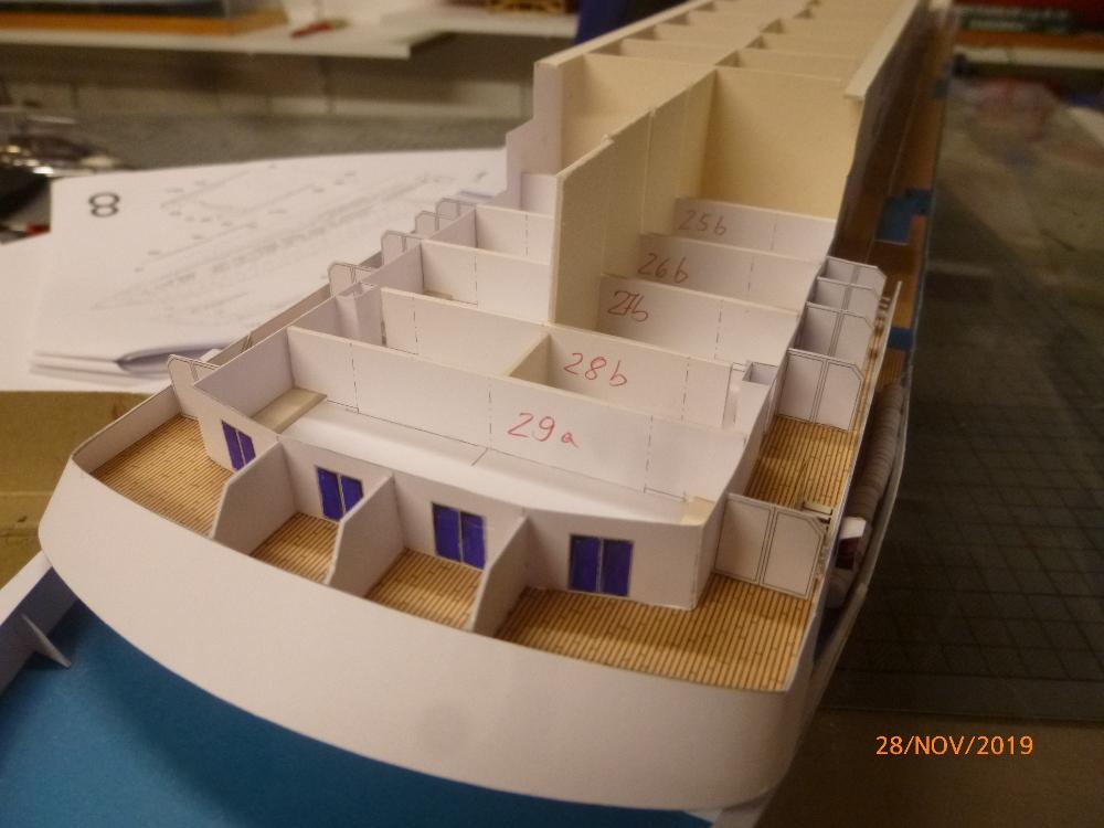 ZDF-Traumschiff MS Amadea 1:200 VK Design gebaut von Millpet - Seite 2 P1110284