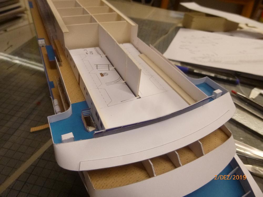 ZDF-Traumschiff MS Amadea 1:200 VK Design gebaut von Millpet - Seite 2 P1110287