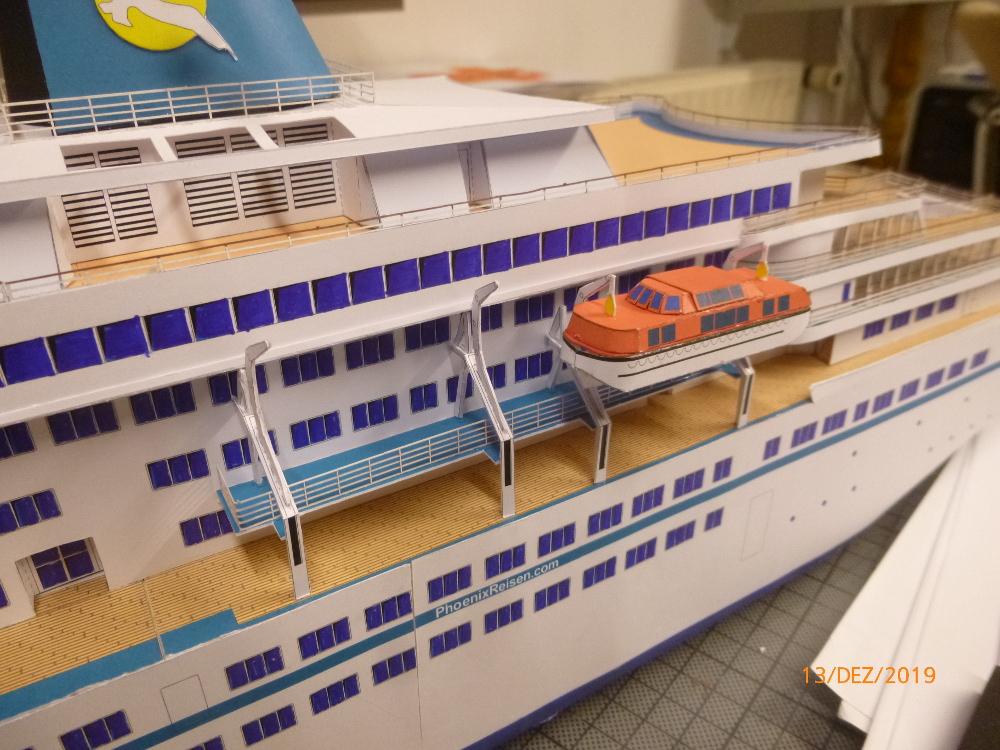 ZDF-Traumschiff MS Amadea 1:200 VK Design gebaut von Millpet - Seite 4 P1110329