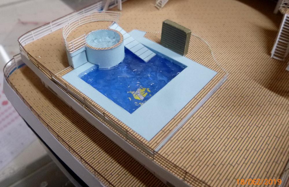 ZDF-Traumschiff MS Amadea 1:200 VK Design gebaut von Millpet - Seite 4 P1110340