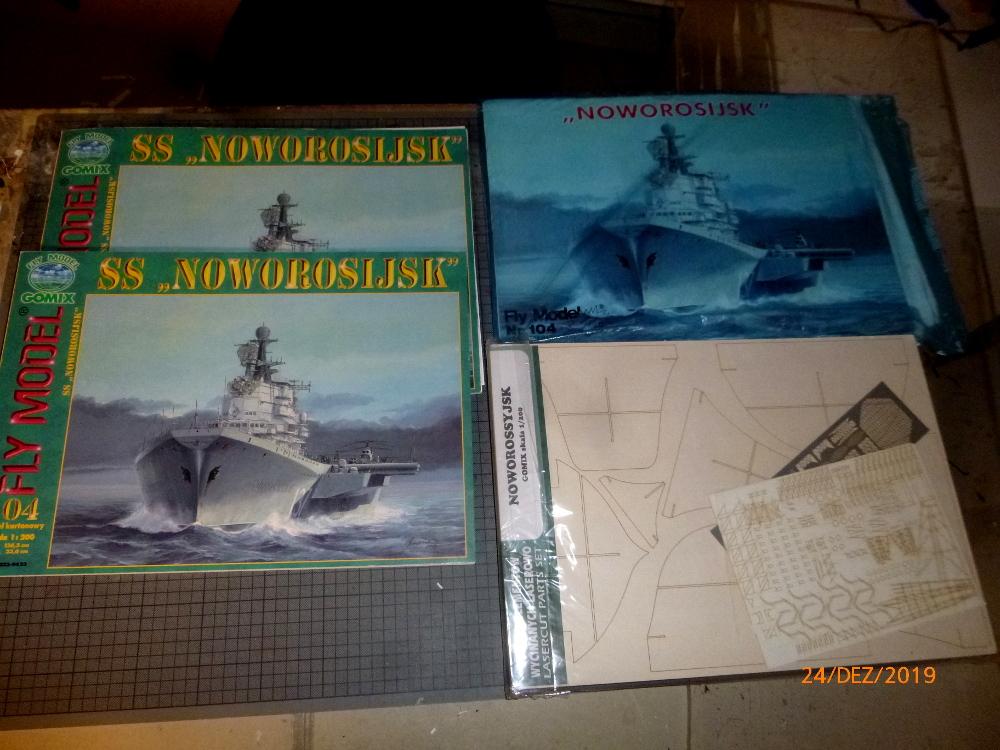SS NOWOROSIJSK  Fly Model 1:200 gebaut von Millpet P1110341