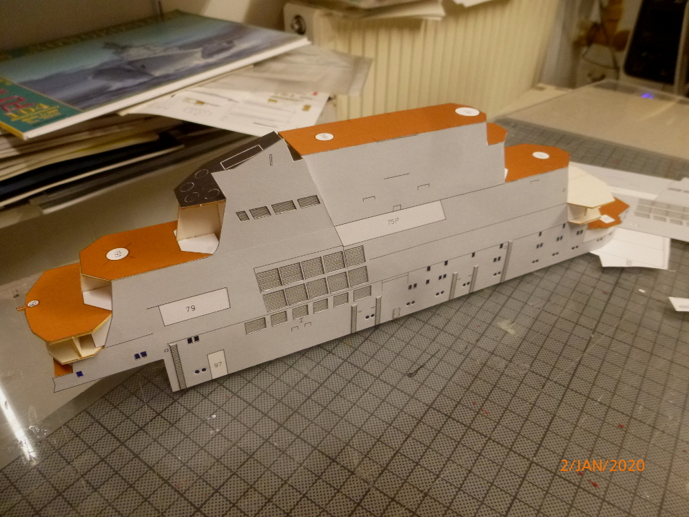 SS NOWOROSIJSK  Fly Model 1:200 gebaut von Millpet - Seite 2 P1110366