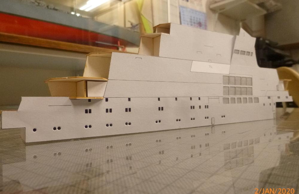 SS NOWOROSIJSK  Fly Model 1:200 gebaut von Millpet - Seite 2 P1110367