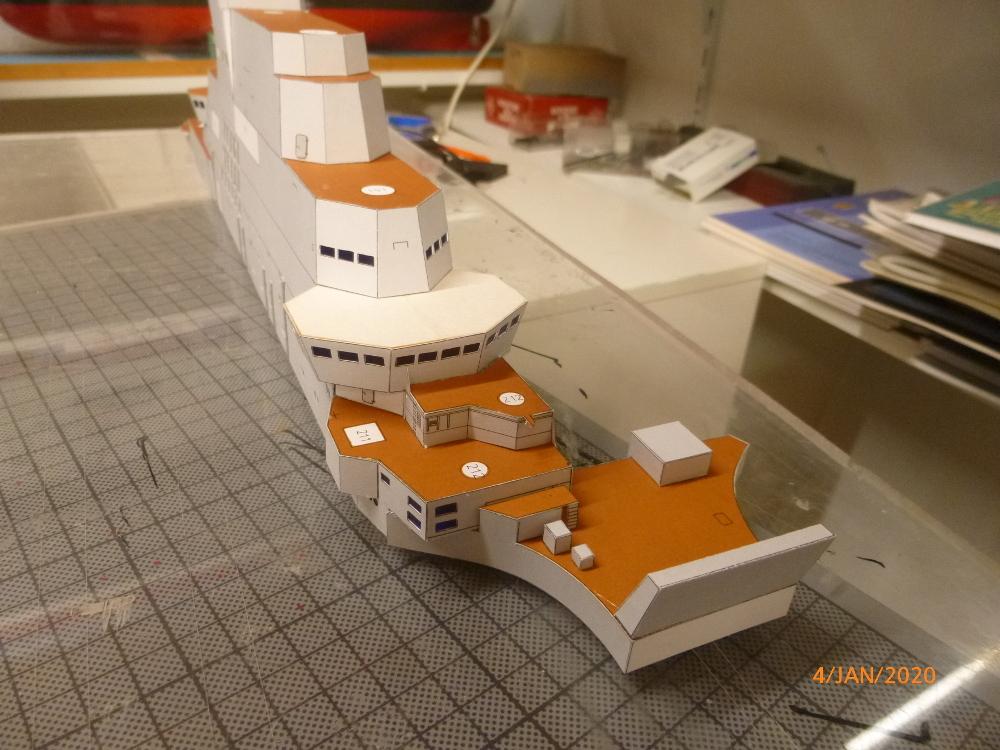 SS NOWOROSIJSK  Fly Model 1:200 gebaut von Millpet - Seite 2 P1110369