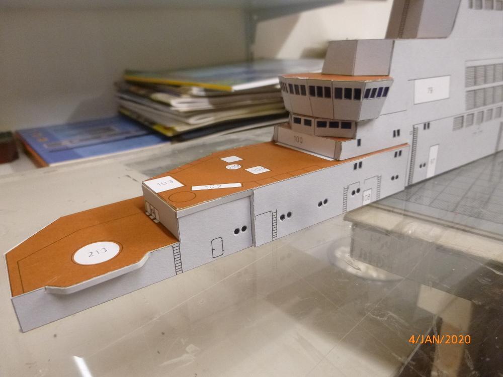SS NOWOROSIJSK  Fly Model 1:200 gebaut von Millpet - Seite 2 P1110370