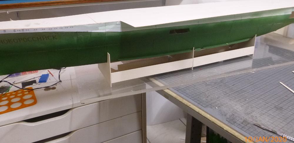SS NOWOROSIJSK  Fly Model 1:200 gebaut von Millpet - Seite 3 P1110380