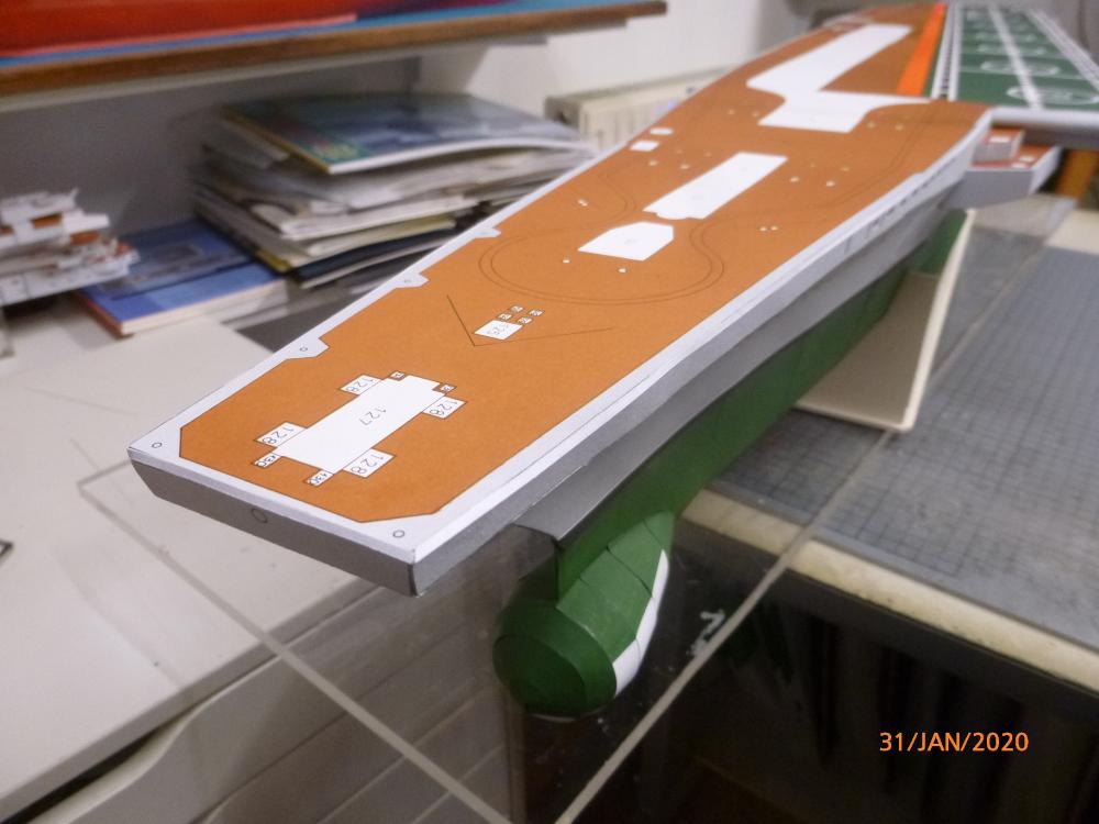 SS NOWOROSIJSK  Fly Model 1:200 gebaut von Millpet - Seite 3 P1110426