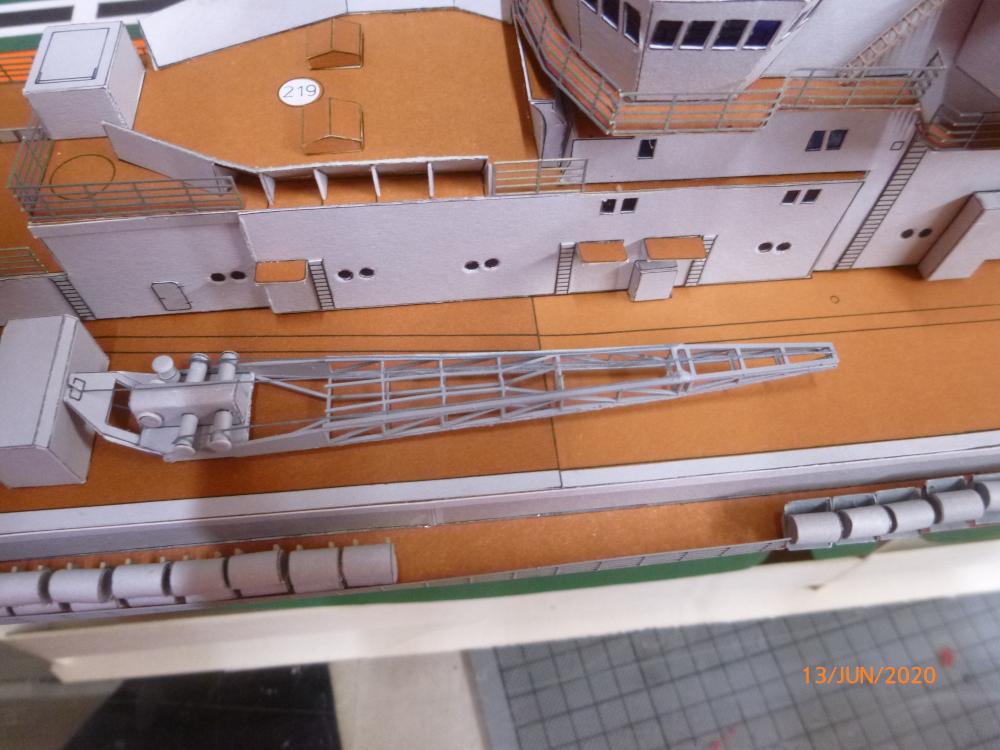 SS NOWOROSIJSK  Fly Model 1:200 gebaut von Millpet - Seite 4 P1110897