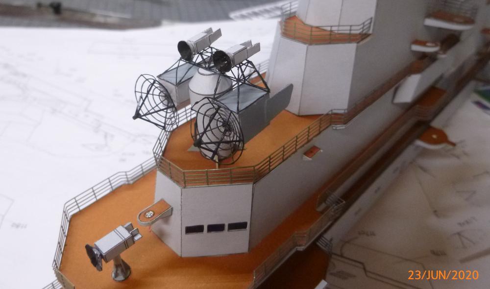 SS NOWOROSIJSK  Fly Model 1:200 gebaut von Millpet - Seite 5 P1110921
