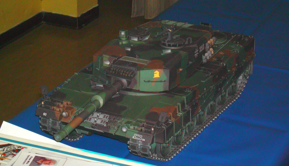 Panzer Leopard 2A4 in 1:16 GPM Galeriebilder Pict0211