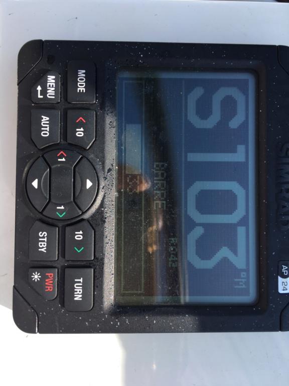 réglage pilote automatique sur B&G Zeus 2 Img_8410