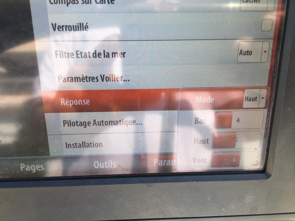 réglage pilote automatique sur B&G Zeus 2 Img_8415