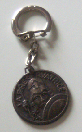 Porte clés publicitaires anciens - Page 3 Pcaut110