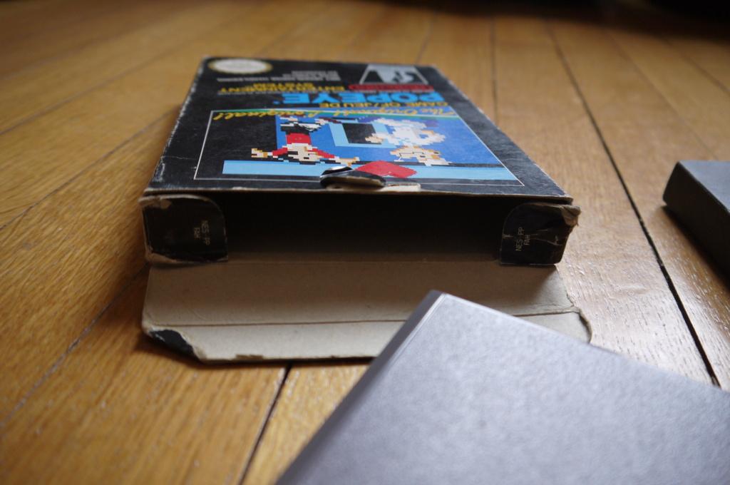 [VDS/ECH] Zelda the wind waker, Metroid prime 2, jeux NES, SFC, GB, FC, DS, notices - Page 3 P1110515