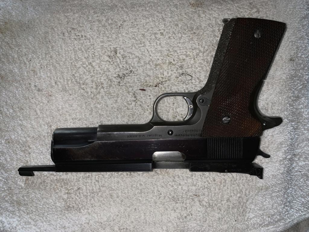 Off The Market: AMU built 1911 45 Pistol  587c0310