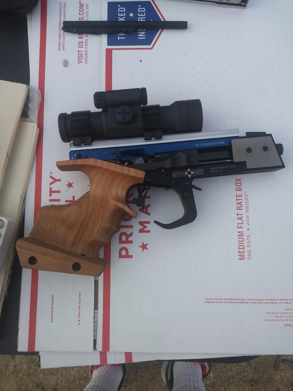 Matchguns MG2 & MG4 Bullseye Pistols 8fea5810