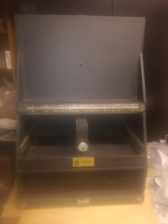 SOLD: Pachmayr 4 gun box C5567f10
