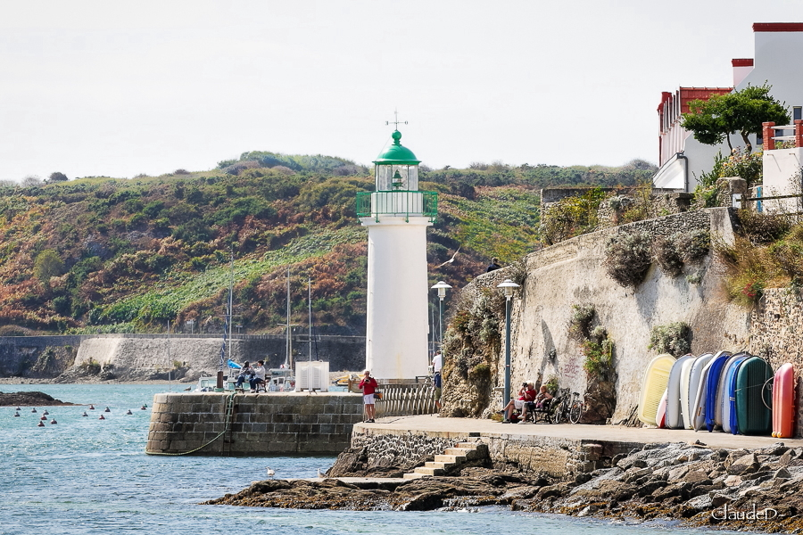 Feu du port de Sauzon, Belle Ile en Mer Feusau10