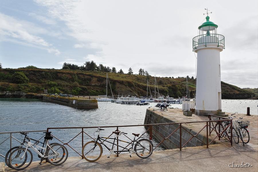 Feu du port de Sauzon, Belle Ile en Mer Feusau11