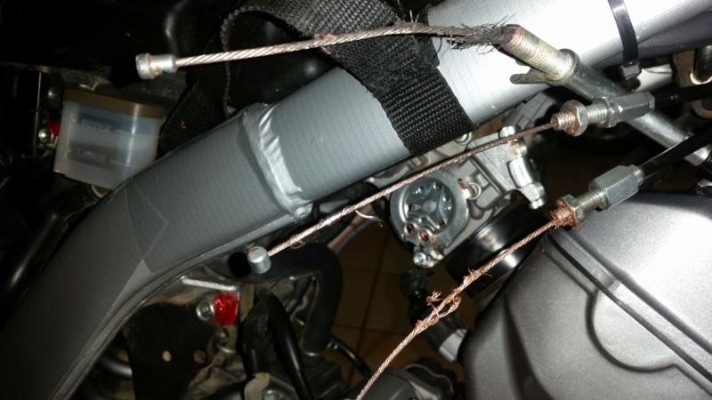 Problème cable de gaz et embrayage Honda CRF 250 L 20191210