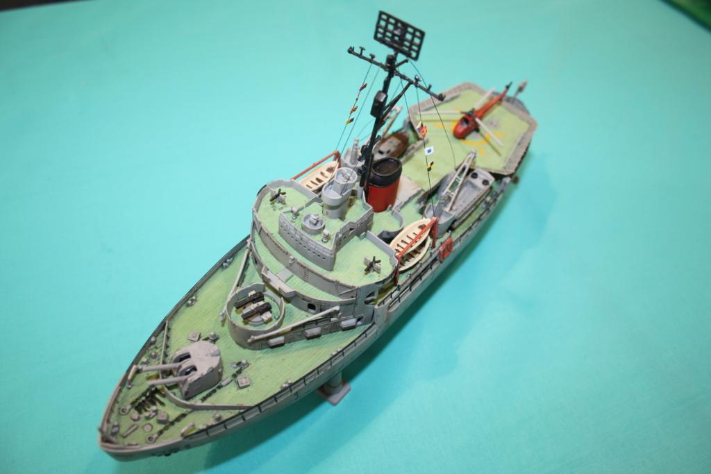 USS Burton Island 1/285 Revell de bismarck Img_0711