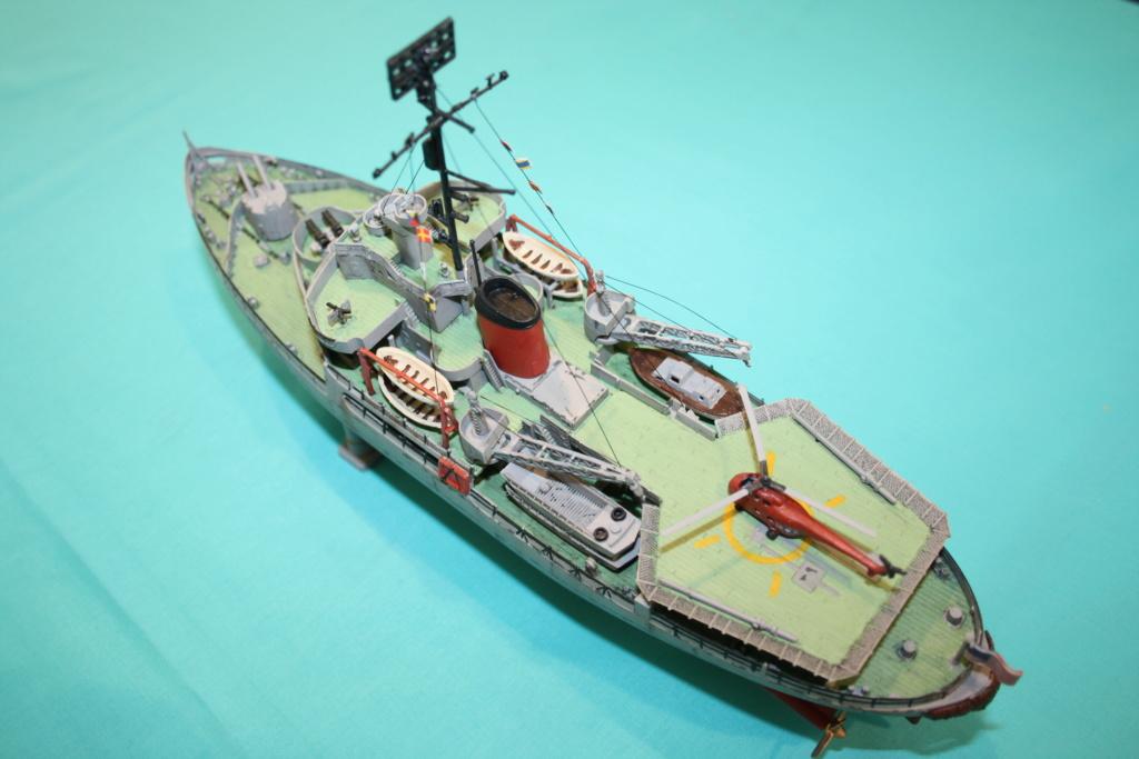 USS Burton Island 1/285 Revell de bismarck Img_0712